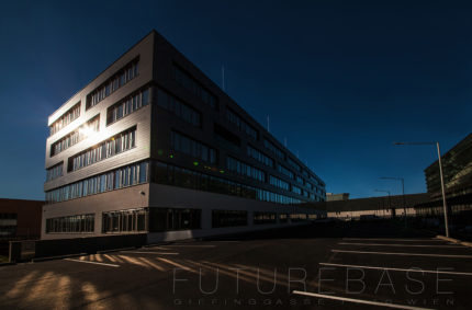 FUTURE BASE  1210 WIEN